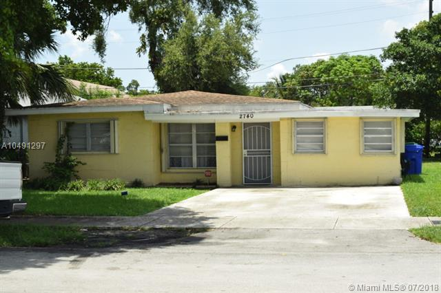 2740 NW 13th St, Fort Lauderdale, FL 33311 (MLS #A10491297) :: The Teri Arbogast Team at Keller Williams Partners SW