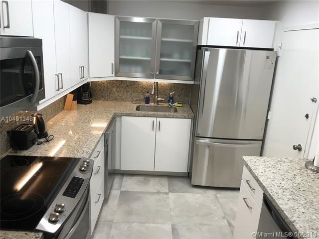 6039 Collins Ave #603, Miami Beach, FL 33140 (MLS #A10491348) :: Prestige Realty Group