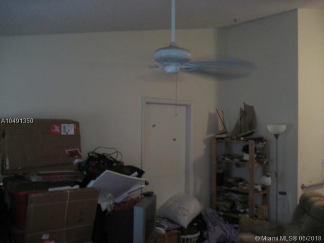 3511-3513 SW 4th St, Deerfield Beach, FL 33442 (MLS #A10491350) :: Green Realty Properties