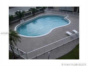 11840 NE 19th Dr #25, North Miami, FL 33181 (MLS #A10491420) :: Prestige Realty Group