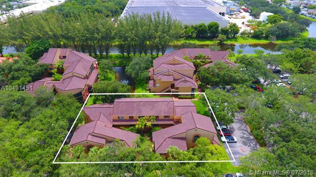 15495 N Miami Lakeway N #205, Miami Lakes, FL 33014 (MLS #A10491451) :: The Erice Group