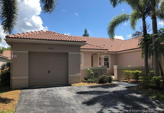 2086 Borealis Way, Weston, FL 33327 (MLS #A10491455) :: Castelli Real Estate Services