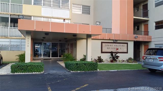 16450 Miami Dr #704, North Miami Beach, FL 33162 (MLS #A10491519) :: Prestige Realty Group
