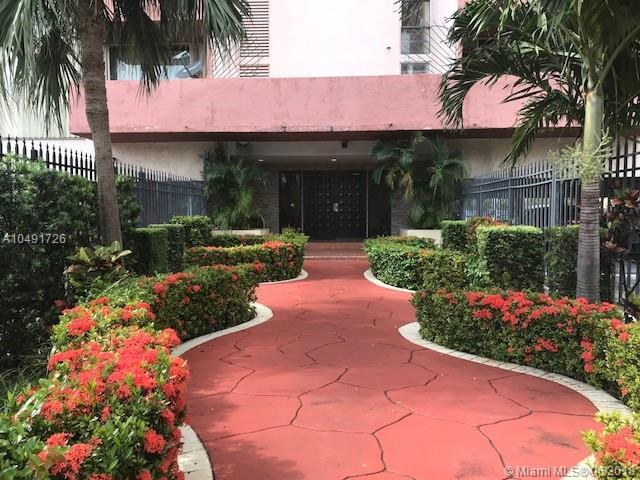 1825 W 44th Pl #611, Hialeah, FL 33012 (MLS #A10491726) :: Green Realty Properties