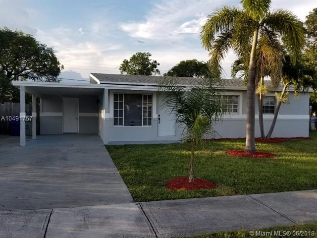 611 NW 18th Ct, Pompano Beach, FL 33060 (MLS #A10491757) :: The Teri Arbogast Team at Keller Williams Partners SW