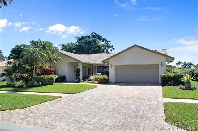 20161 Back Nine Dr, Boca Raton, FL 33498 (MLS #A10491795) :: The Pearl Realty Group