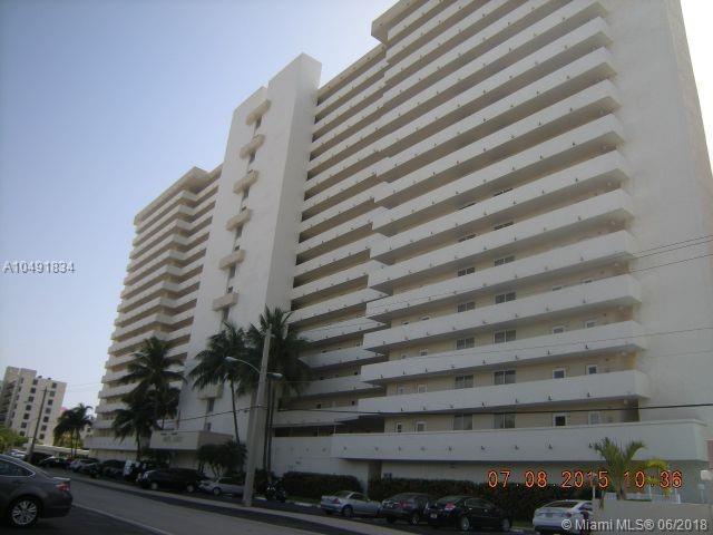 2200 NE 33rd Ave 3E, Fort Lauderdale, FL 33305 (MLS #A10491834) :: The Teri Arbogast Team at Keller Williams Partners SW