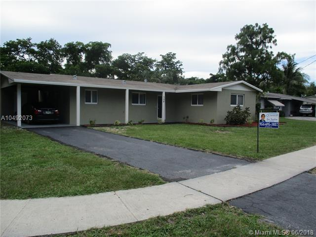 384 NW 47th Ave, Plantation, FL 33317 (MLS #A10492073) :: The Teri Arbogast Team at Keller Williams Partners SW