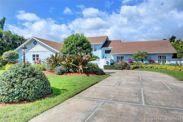 1340 NW 3rd Ave, Delray Beach, FL 33444 (MLS #A10492266) :: The Teri Arbogast Team at Keller Williams Partners SW