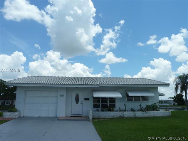 8100 Nw 59th St, Tamarac, FL 33321 (MLS #A10492318) :: The Riley Smith Group