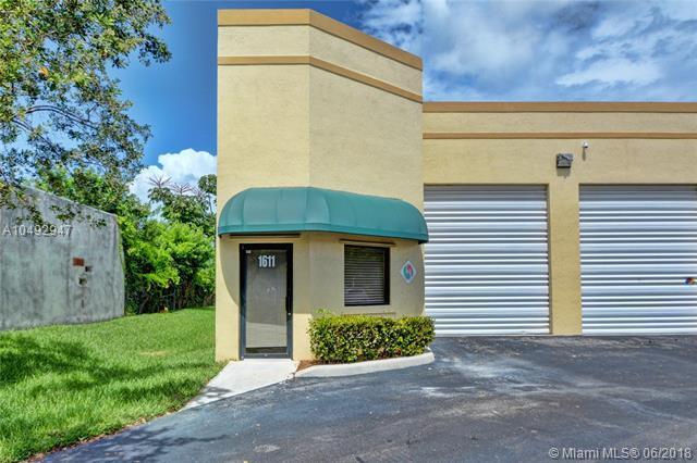 1611 W Mcnab Rd #6, Pompano Beach, FL 33069 (MLS #A10492947) :: The Teri Arbogast Team at Keller Williams Partners SW