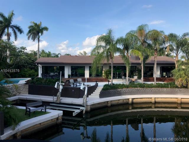 1240 Campamento Ave, Coral Gables, FL 33156 (MLS #A10493876) :: The Teri Arbogast Team at Keller Williams Partners SW
