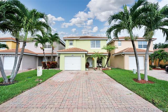3331 Blue Fin Dr, West Palm Beach, FL 33411 (MLS #A10494025) :: Green Realty Properties
