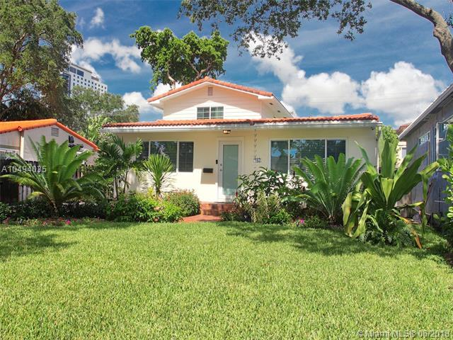 417 NE 8th Ave, Fort Lauderdale, FL 33301 (MLS #A10494035) :: The Riley Smith Group