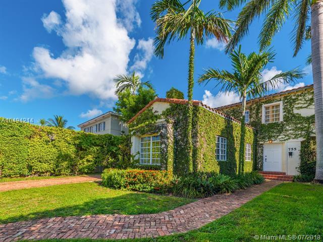 755 W 50 St, Miami Beach, FL 33140 (MLS #A10494214) :: Green Realty Properties