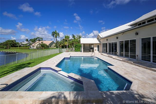 17199 Shaddock Ln, Boca Raton, FL 33487 (MLS #A10494304) :: Green Realty Properties