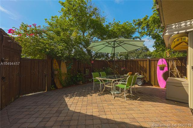 2730 SW 15th St #2730, Deerfield Beach, FL 33442 (MLS #A10494457) :: Green Realty Properties