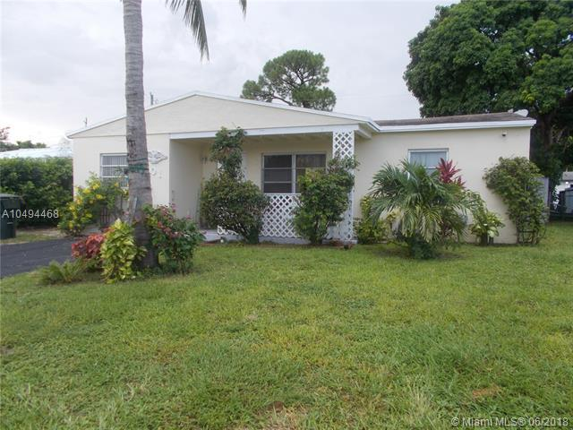 201 NW 51ST CT, Oakland Park, FL 33309 (MLS #A10494468) :: The Teri Arbogast Team at Keller Williams Partners SW