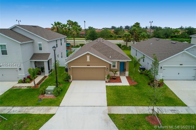 11362 SW Patterson St, Port St. Lucie, FL 34987 (MLS #A10495478) :: Green Realty Properties