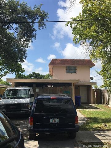 5934 Pierce St, Hollywood, FL 33021 (MLS #A10495583) :: The Teri Arbogast Team at Keller Williams Partners SW