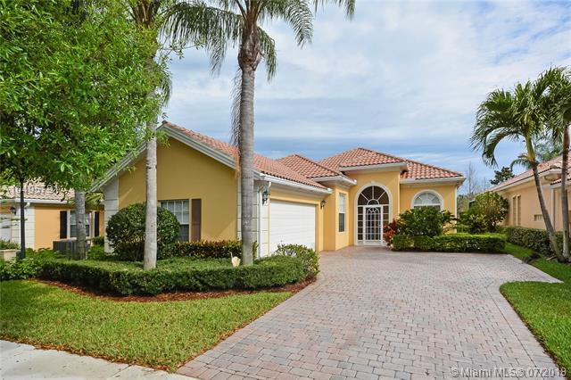 4705 Dovehill Dr, Palm Beach Gardens, FL 33418 (MLS #A10495791) :: The Teri Arbogast Team at Keller Williams Partners SW