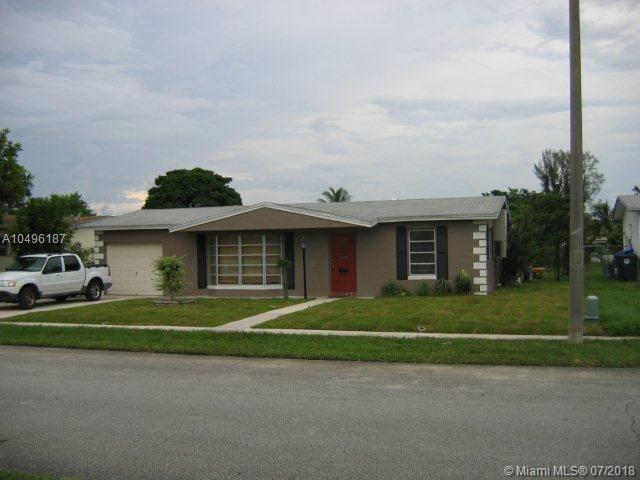 6551 SW 7th Ct, North Lauderdale, FL 33068 (MLS #A10496187) :: The Teri Arbogast Team at Keller Williams Partners SW