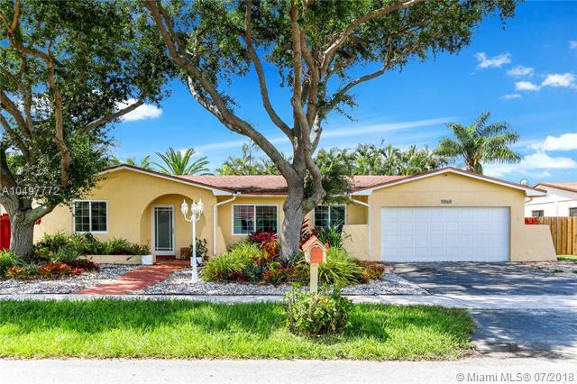7960 SW 197th Ter, Cutler Bay, FL 33189 (MLS #A10497772) :: Green Realty Properties