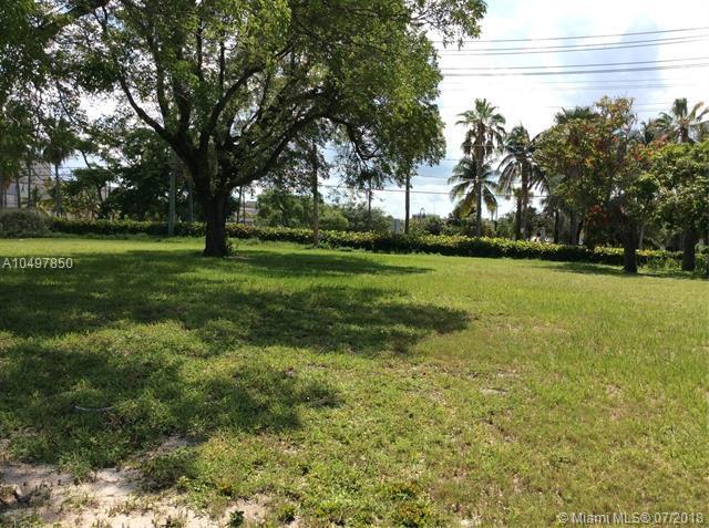"7 N ""B "" St, Lake Worth, FL 33460 (MLS #A10497850) :: RE/MAX Presidential Real Estate Group"