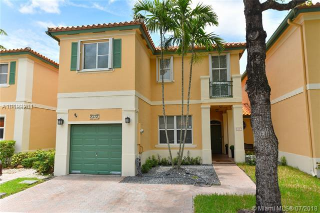 8378 NW 142 St, Miami Lakes, FL 33016 (MLS #A10499201) :: Green Realty Properties
