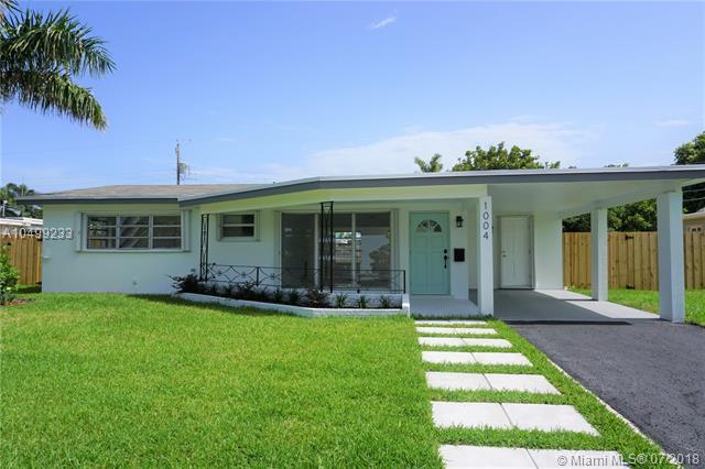 1004 SE 14th Street, Deerfield Beach, FL 33441 (MLS #A10499233) :: The Teri Arbogast Team at Keller Williams Partners SW