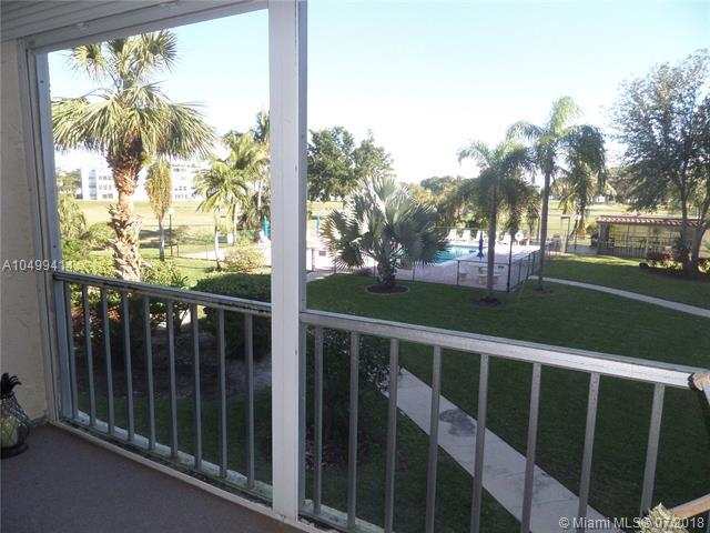 1402 NW 80th Ave #208, Margate, FL 33063 (MLS #A10499414) :: The Riley Smith Group