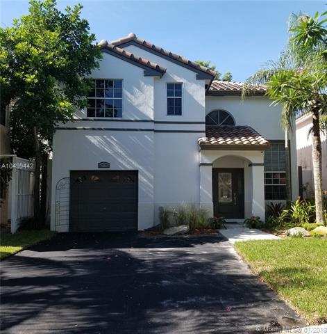10770 N Saratoga Dr, Cooper City, FL 33026 (MLS #A10499442) :: RE/MAX Presidential Real Estate Group
