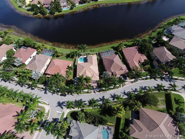 2318 Quail Roost Dr, Weston, FL 33327 (MLS #A10499634) :: The Teri Arbogast Team at Keller Williams Partners SW