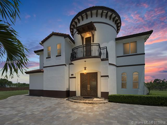18551 SW 104 Street, Miami, FL 33196 (MLS #A10499718) :: The Teri Arbogast Team at Keller Williams Partners SW