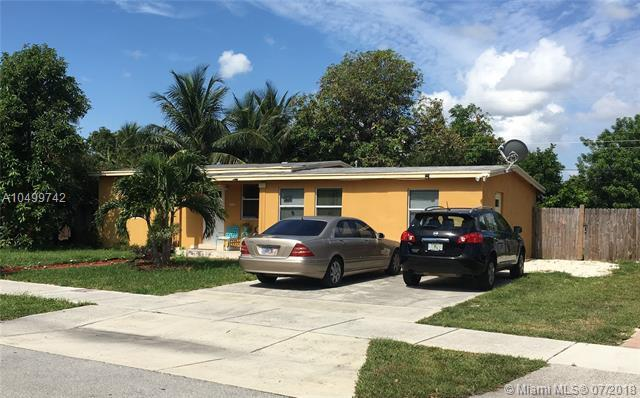 5221 NE 19th Ave, Pompano Beach, FL 33064 (MLS #A10499742) :: The Teri Arbogast Team at Keller Williams Partners SW
