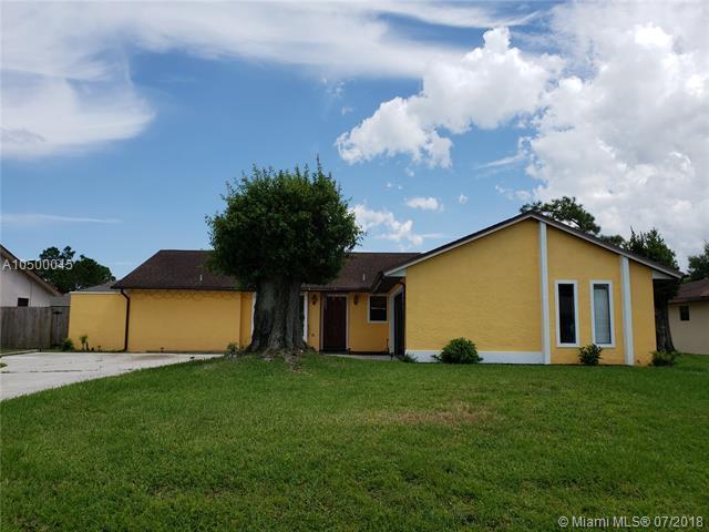144 NE Sagamore Ter, Port St. Lucie, FL 34983 (MLS #A10500045) :: Stanley Rosen Group