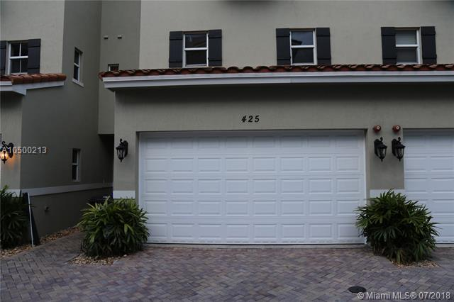 425 SE 13th St, Fort Lauderdale, FL 33316 (MLS #A10500213) :: The Teri Arbogast Team at Keller Williams Partners SW
