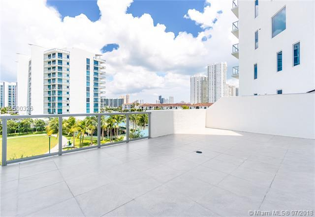 3030 NE 188 ST #305, Aventura, FL 33180 (MLS #A10500326) :: Keller Williams Elite Properties