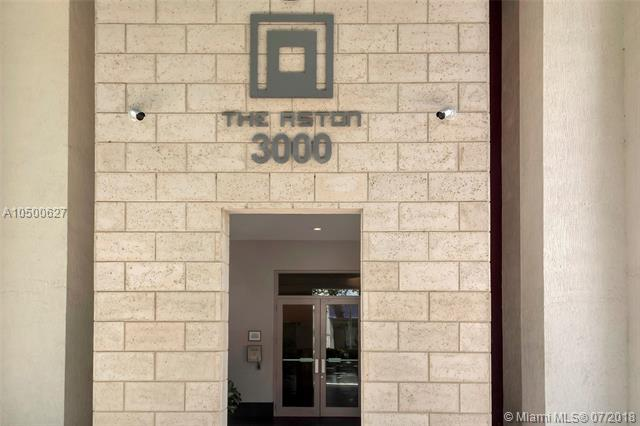 3000 Coral Way #810, Miami, FL 33145 (MLS #A10500627) :: Green Realty Properties