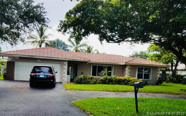 2737 NW 116th Ter, Coral Springs, FL 33065 (MLS #A10500785) :: The Teri Arbogast Team at Keller Williams Partners SW