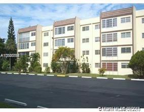 2201 NW 41st Ave #410, Lauderhill, FL 33313 (MLS #A10500794) :: The Teri Arbogast Team at Keller Williams Partners SW