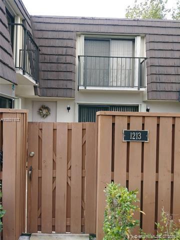1213 12th Ct, Jupiter, FL 33477 (MLS #A10501183) :: Green Realty Properties