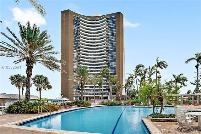 720 NE 69th St 22N, Miami, FL 33138 (MLS #A10502681) :: Laurie Finkelstein Reader Team