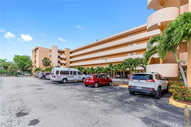 802 NW 87th Ave #316, Miami, FL 33172 (MLS #A10502798) :: The Riley Smith Group