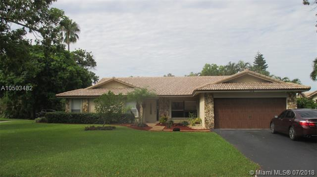 1012 NW 83rd Dr, Coral Springs, FL 33071 (MLS #A10503482) :: The Teri Arbogast Team at Keller Williams Partners SW