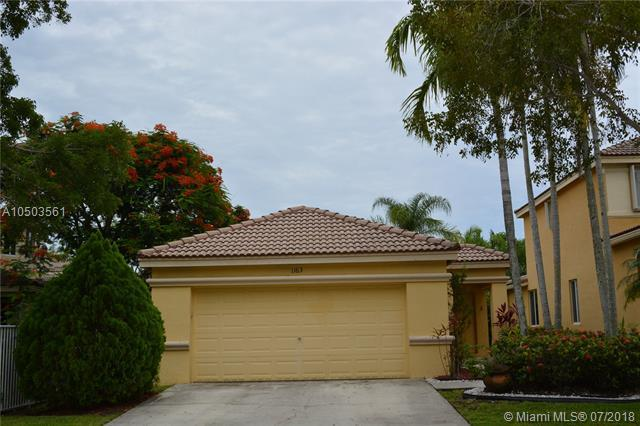 1163 Golden Cane Dr, Weston, FL 33327 (MLS #A10503561) :: The Riley Smith Group