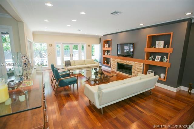 2120 NE 198 Ter, Miami, FL 33179 (MLS #A10503811) :: Green Realty Properties