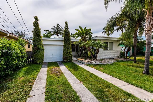 9133 Garland Ave, Surfside, FL 33154 (MLS #A10503833) :: Stanley Rosen Group