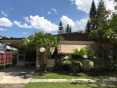 21790 NW 6th Ct, Pembroke Pines, FL 33029 (MLS #A10503907) :: The Teri Arbogast Team at Keller Williams Partners SW