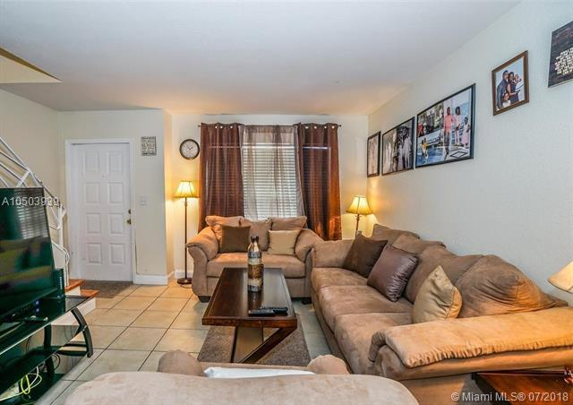845 NW 46th Ave #845, Plantation, FL 33317 (MLS #A10503939) :: The Teri Arbogast Team at Keller Williams Partners SW